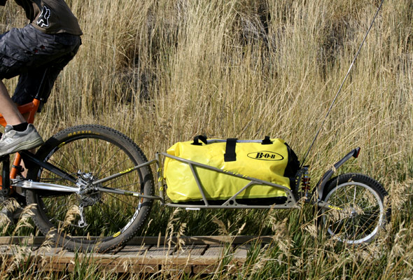 bob ibex bicycle trailer on mountain bike trail