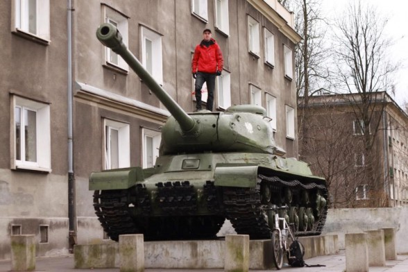 Darren Alff on Polish Tank in Nowa huta