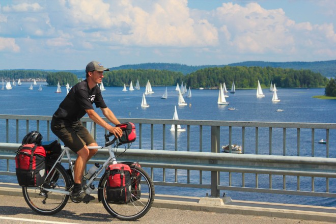 Lakes, saleboats and bicycles in Finland