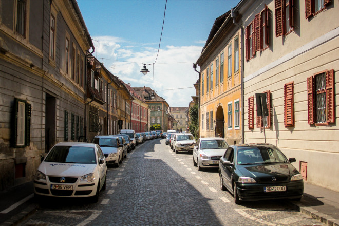narrow romanian roads and parked cars