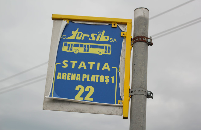 romanian bus stop sign