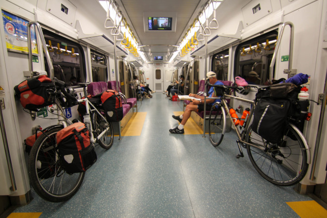 taking your bicycle on the train is easy in taiwan