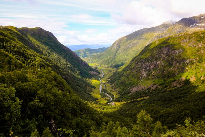 rosendal norway valley hike